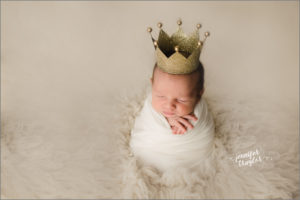 petersburg va newborn photographer crown
